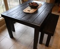 pallet farm style country table benches in Camp Lejeune, North Carolina