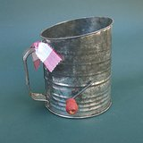 VINTAGE BROMWELL'S SIFTER- 5 CUP, RED WOOD KNOB in Lockport, Illinois
